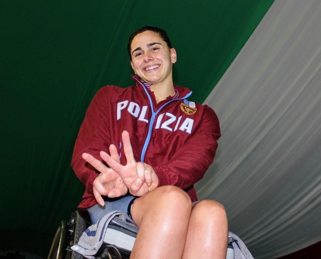 Record del mondo agli Assoluti in vasca corta per Giulia Ghiretti