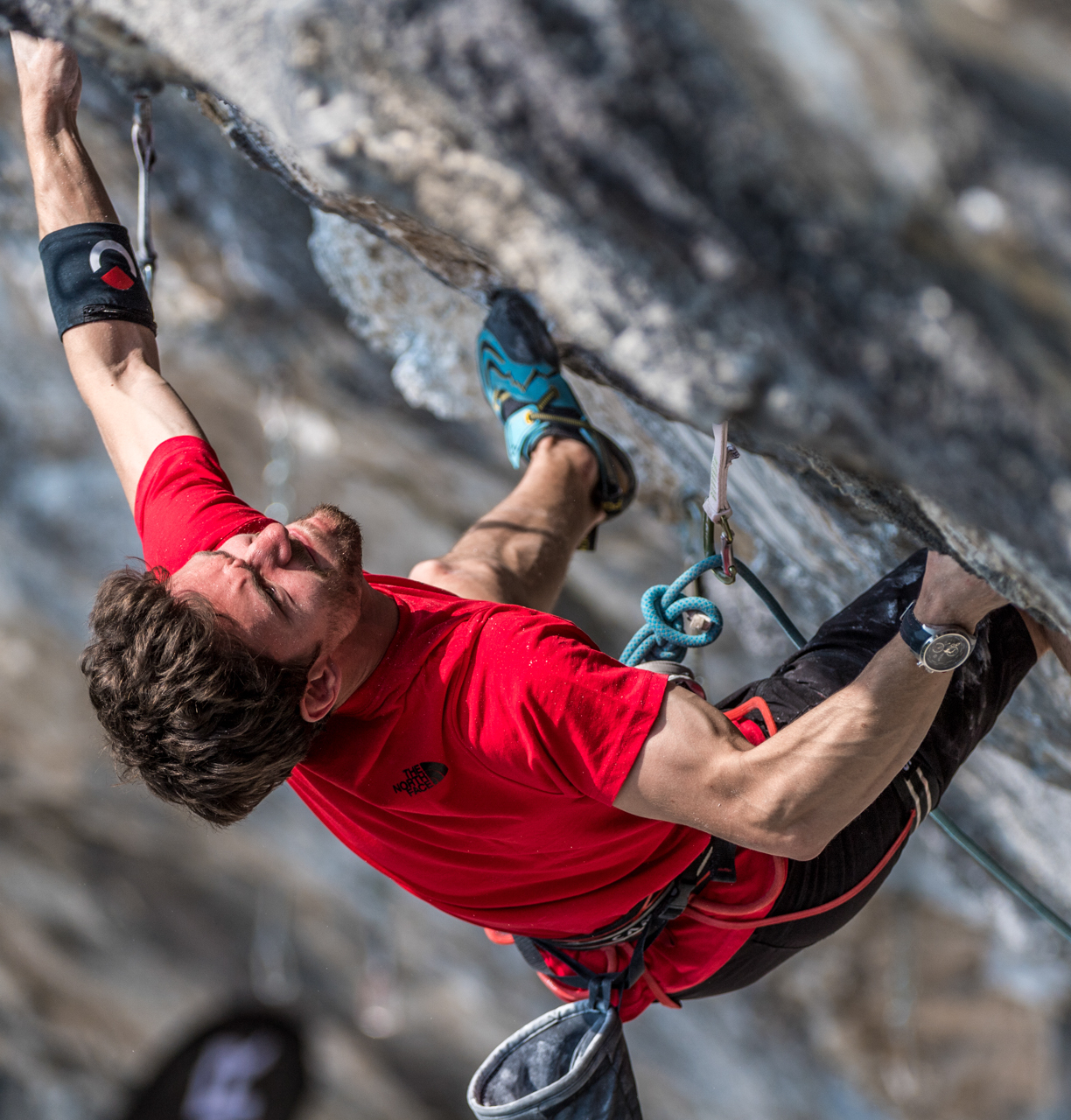 il climber Ghisolfi entra in EIS